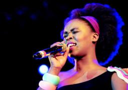 Zahara - Who I am Lyrics