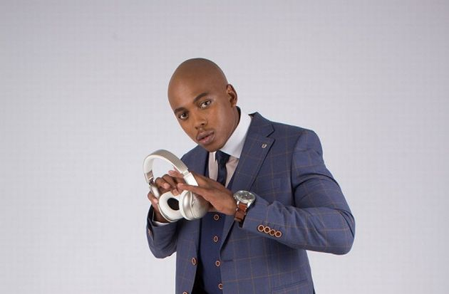 Mobi Dixon - Lake by the ocean Lyrics